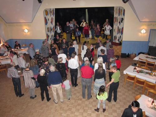 Vi dansar polonäs